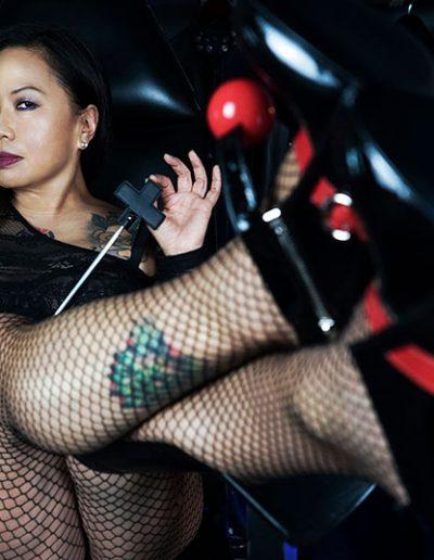 shoe worship mistress london